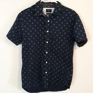 Quiksilver short sleeve shirt